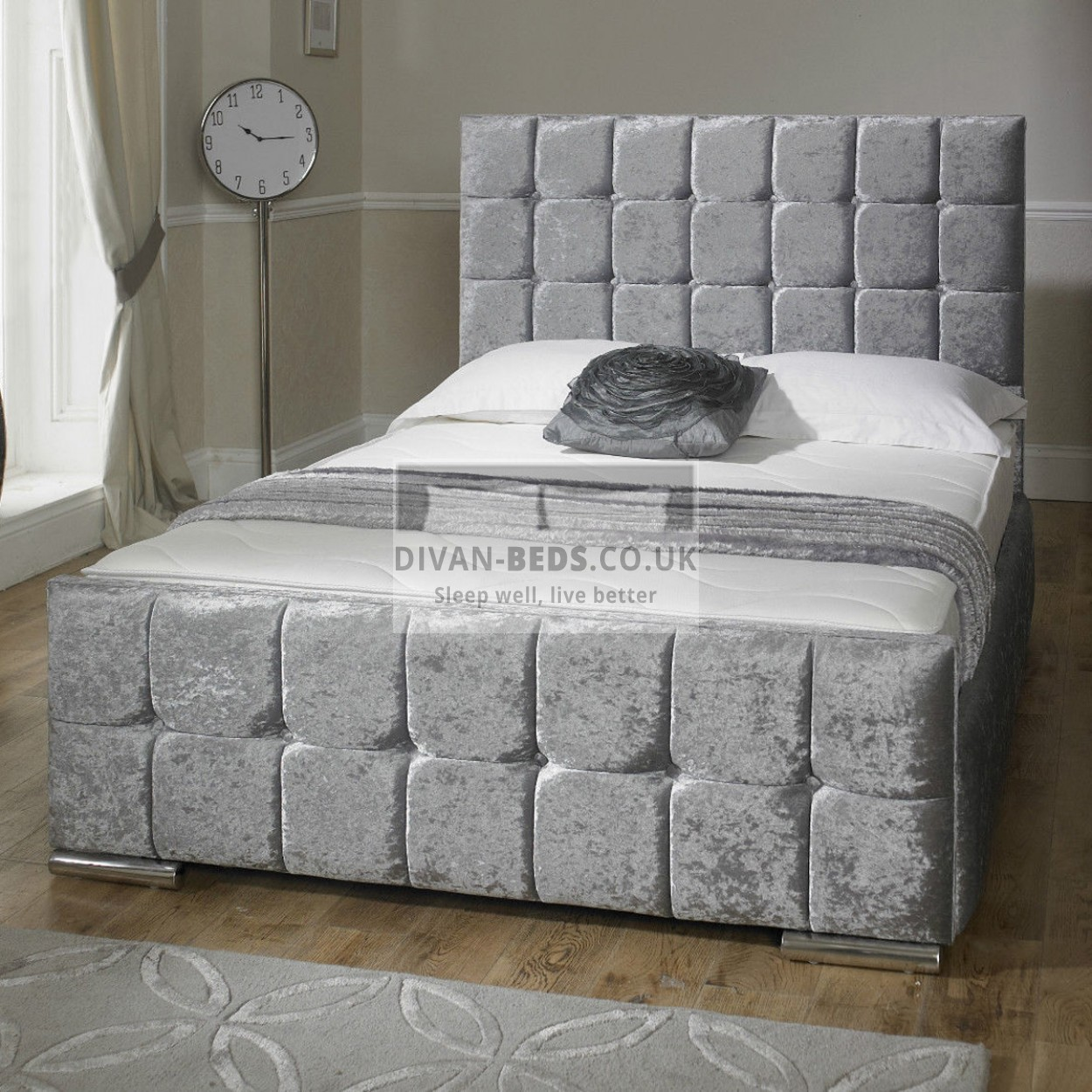 Renata cube crushed velvet fabric upholstered bed frame for Divan footboard